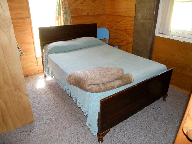 mount royal bunkhouse bedroom